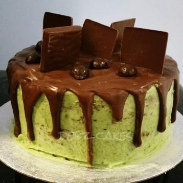 Mint choc chip cake